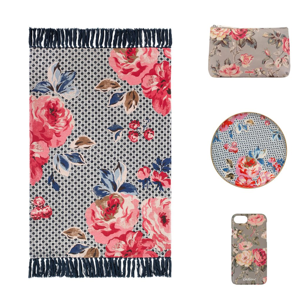accessories with roses pattern