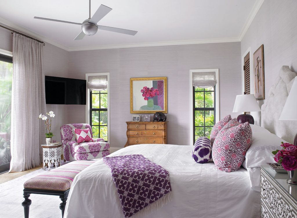 purple tone bedroom