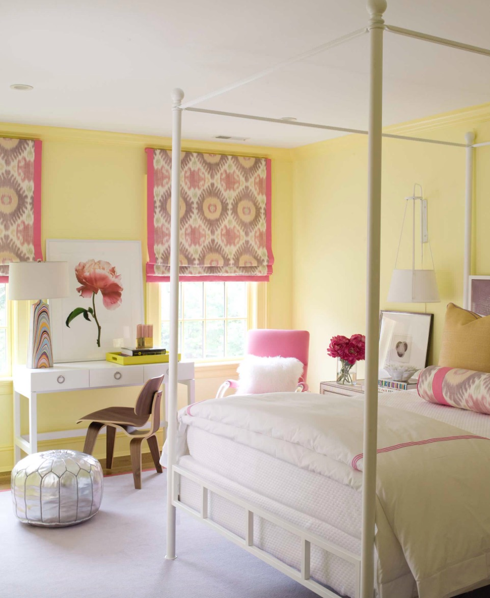 Yellow rose bedroom